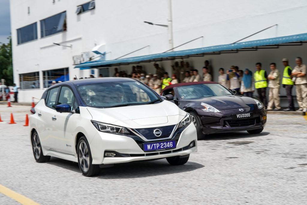 2019 Nissan Leaf (14)