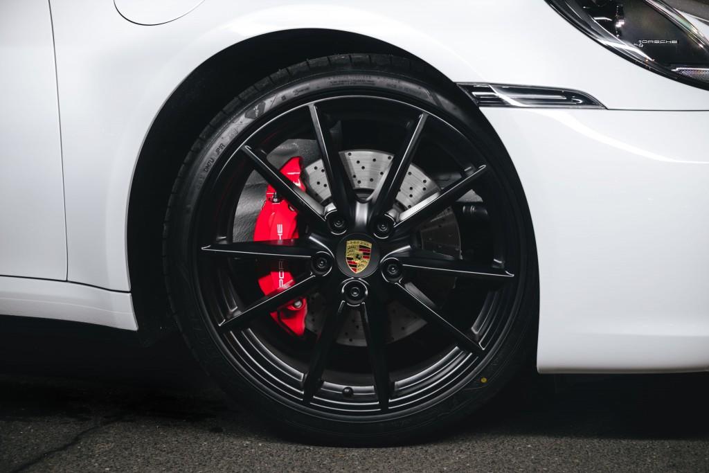 2019 Porsche 911 (21)