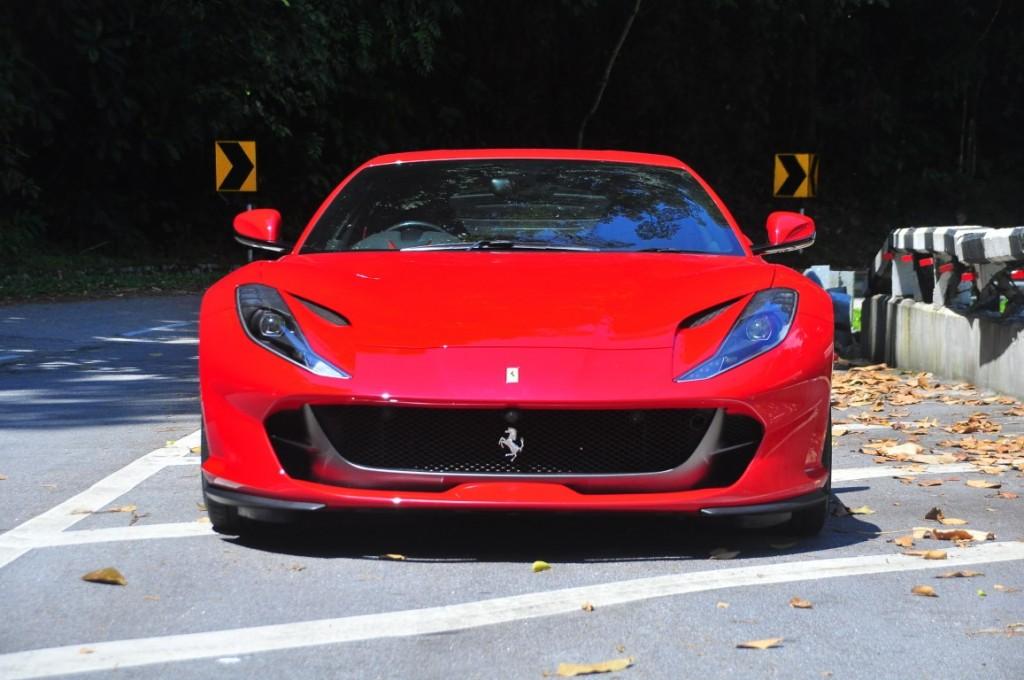Ferrari 812superfast - 03