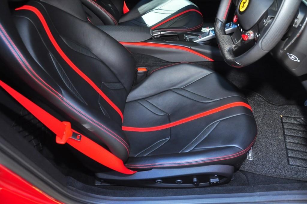 Ferrari 812superfast - 48