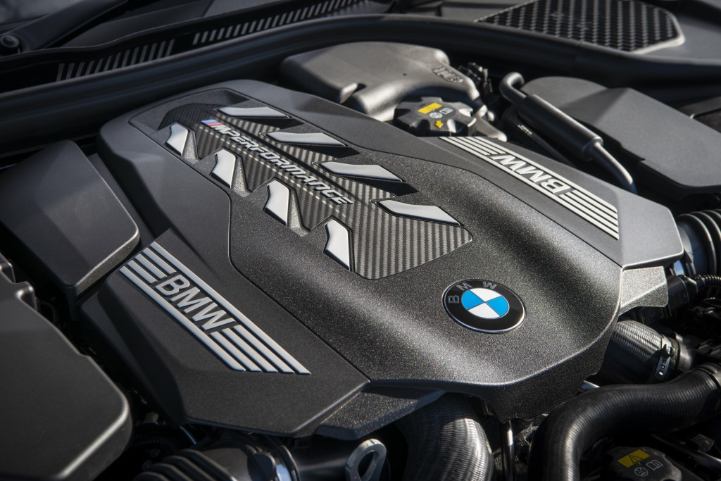 BMW M850i xDrive coupe (2)