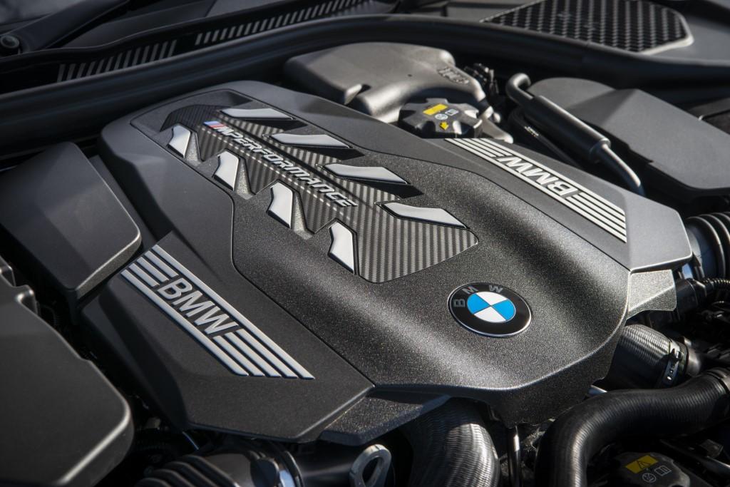 BMW M850i xDrive coupe (2)