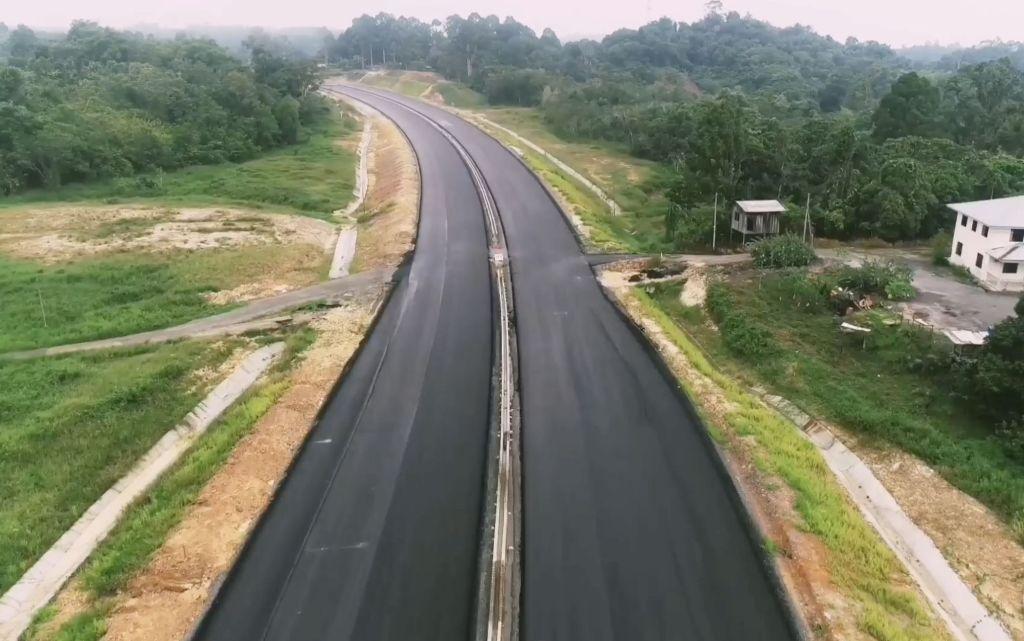 Pan Borneo Highway_Malaysia (1)