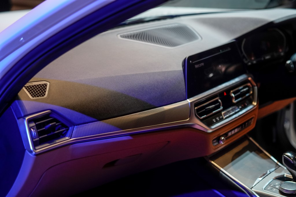 The New BMW 330i M Sport (12) (Custom)