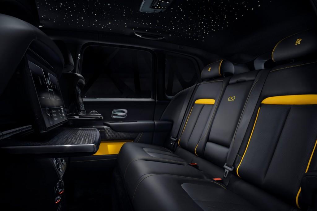 Rolls Royce Cullinan Black Badge - 18