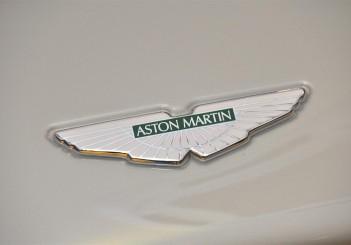 Aston Martin DB11 V8 - 11