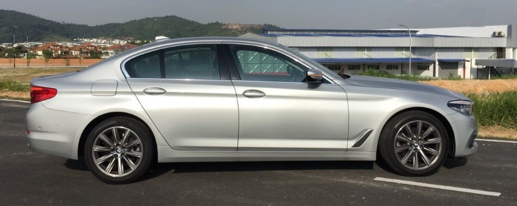 BMW 520i Luxury_2019 (20)