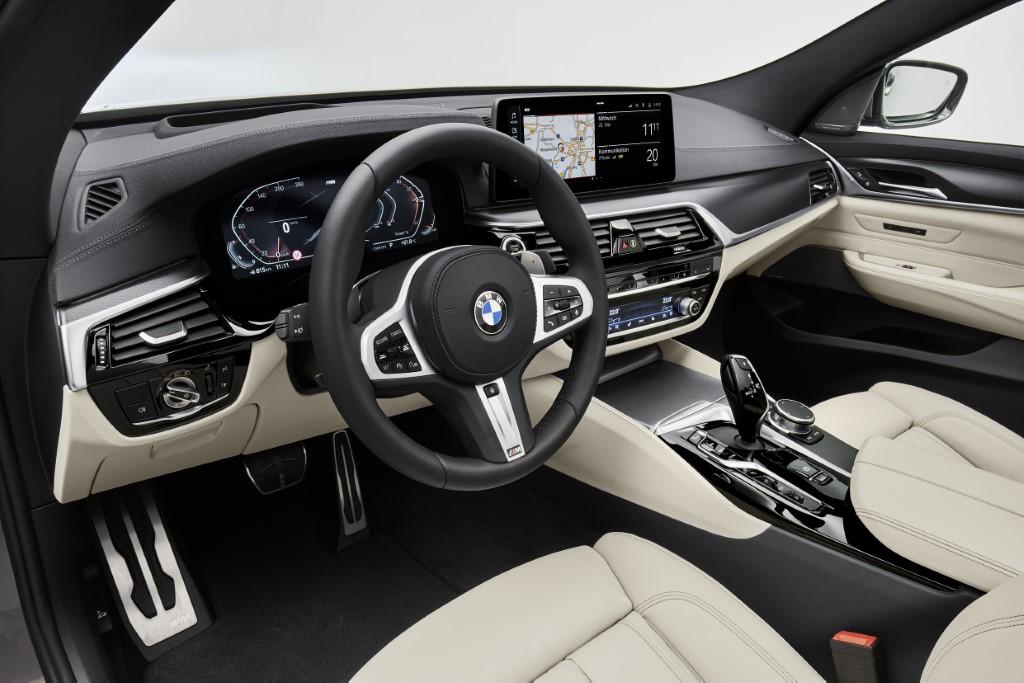 2021 BMW 6 Series Gran Turismo (8)