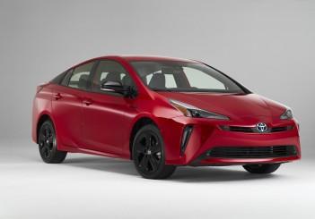 2021-Prius-2020-Edition_001