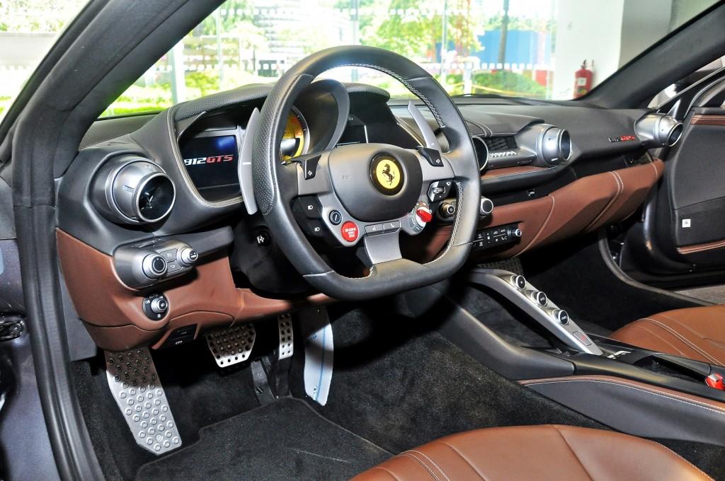 Ferrari 812 GTS - 35