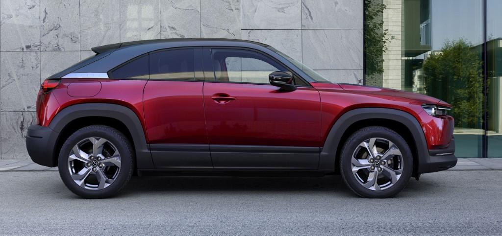 Mazda MX-30 Soul Crystal Red Exterior new00 (Custom)