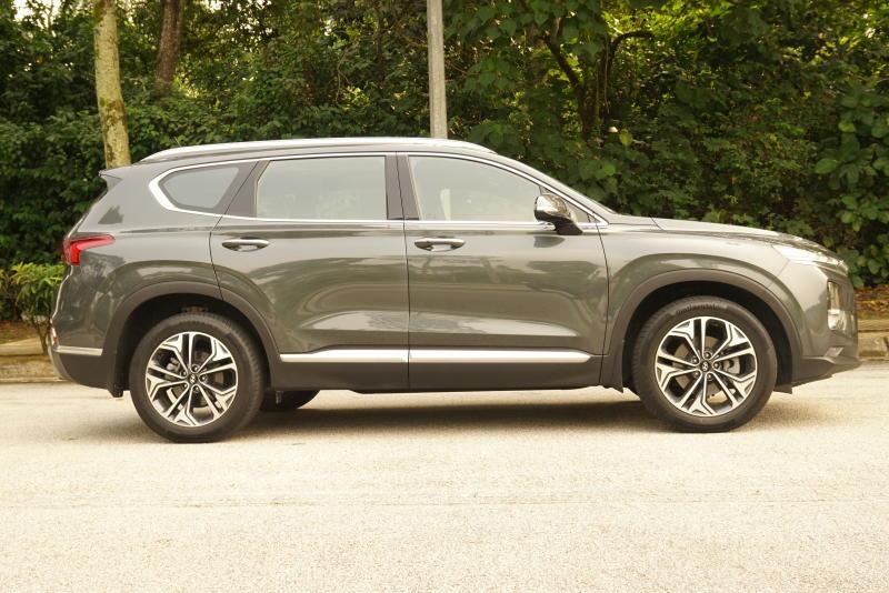 Hyundai Santa Fe R 2-2 CRDi Premium (10)
