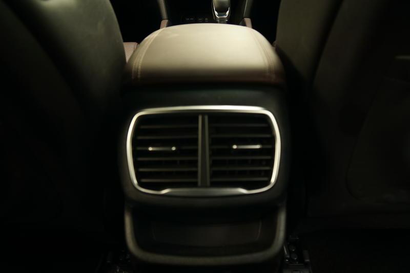 Hyundai Santa Fe R 2-2 CRDi Premium (4)