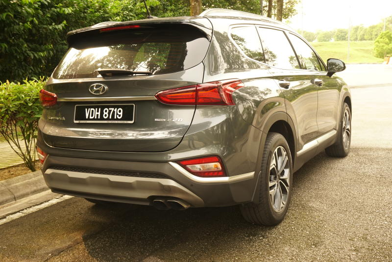 Hyundai Santa Fe R 2-2 CRDi Premium (6)