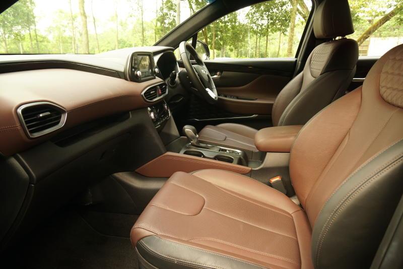 Hyundai Santa Fe R 2-2 CRDi Premium (9)