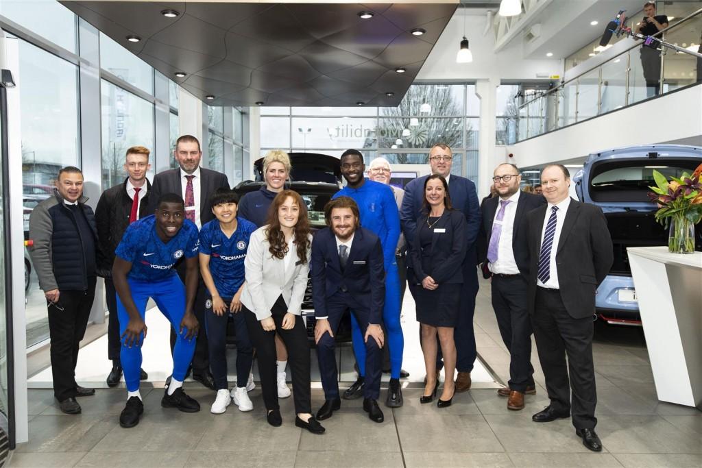 Hyundai and Chelsea FC - 04 Erin Cuthbert and Mason Mount