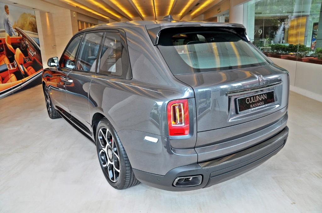 Rolls Royce Cullinan Black Badge - 32