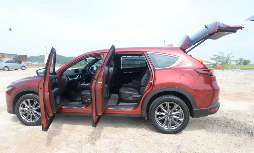 Pix of moving and still shots of Mazda CX-8 SUV. Driven by CarSifu George Wong. (25/05/2020 /S.S.Kanesan/The Star)