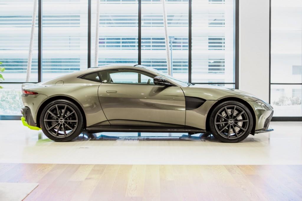 Aston Martin Vantage Amr Malaysia Edition Ready To Rumble Carsifu
