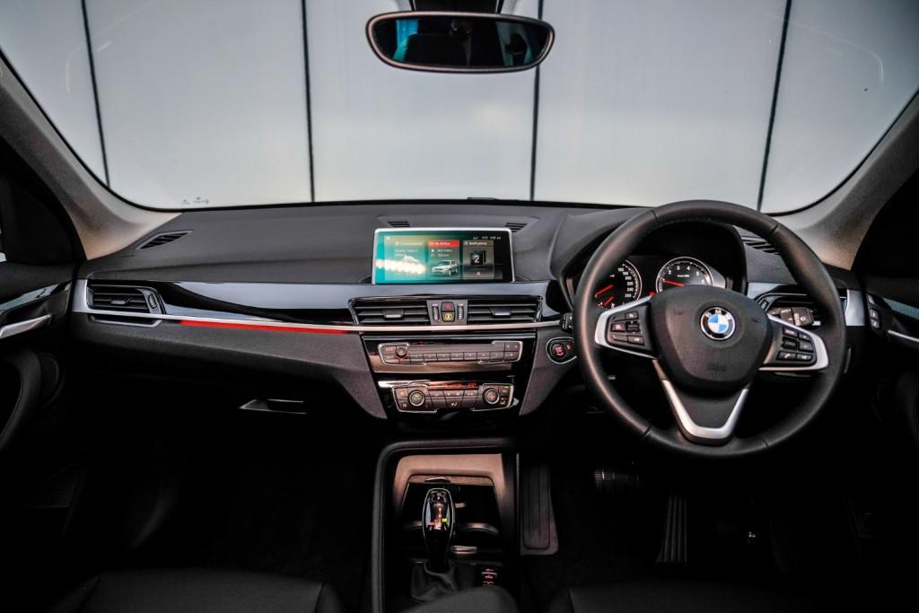 BMW X1 sDrive18i (F48) - 37