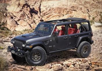 Jeep Wrangler Rubicon (6.4L V-8) - 01
