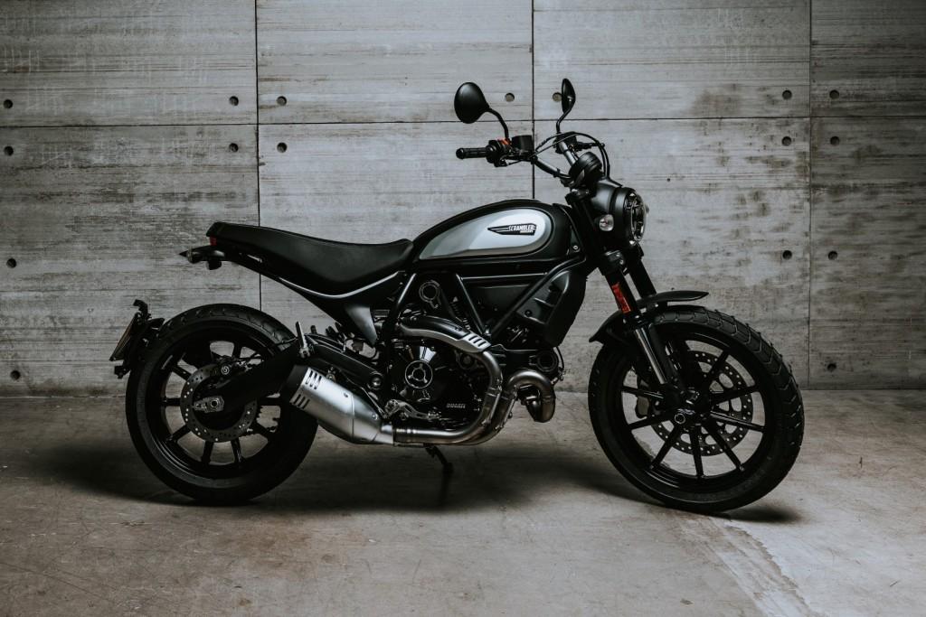 Ducati Scrambler Icon Dark - 03