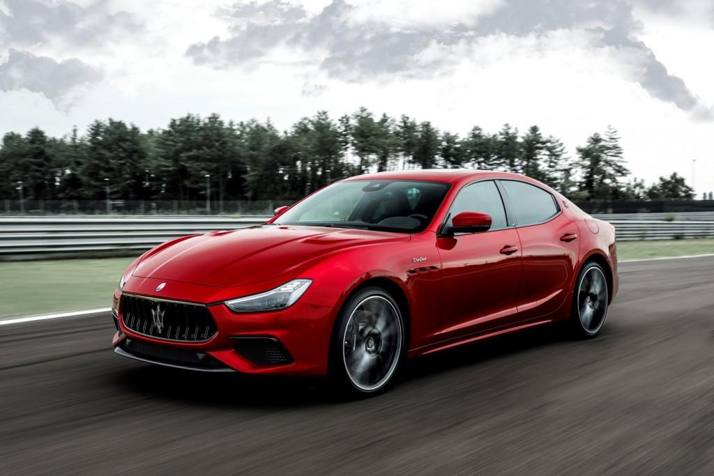 Maserati Ghibli Trofeo - 11