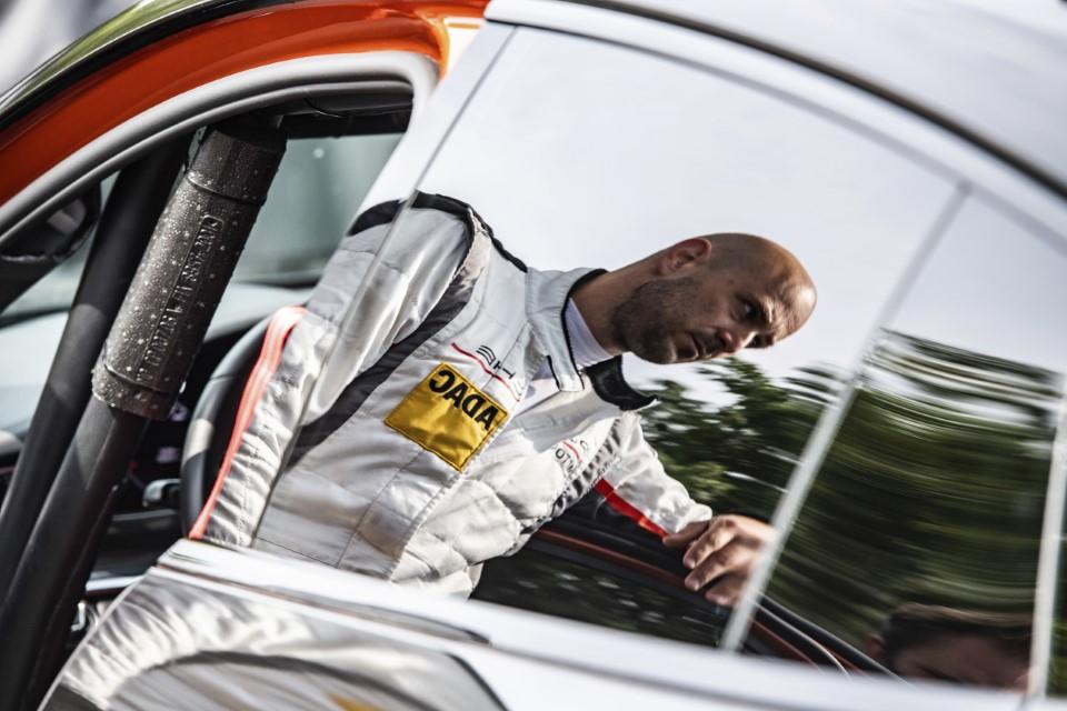 Porsche Panamera, Rekordfahrt Nordschleife 2020 - Foto: Gruppe C Photograph