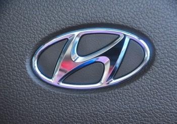 Hyundai-Santa-Fe-Theta-II-2.4-MPI-Premium-53-1024x680