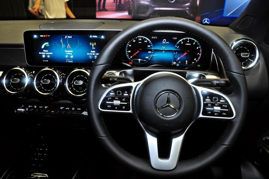 Mercedes-Benz GLB 200 - 56
