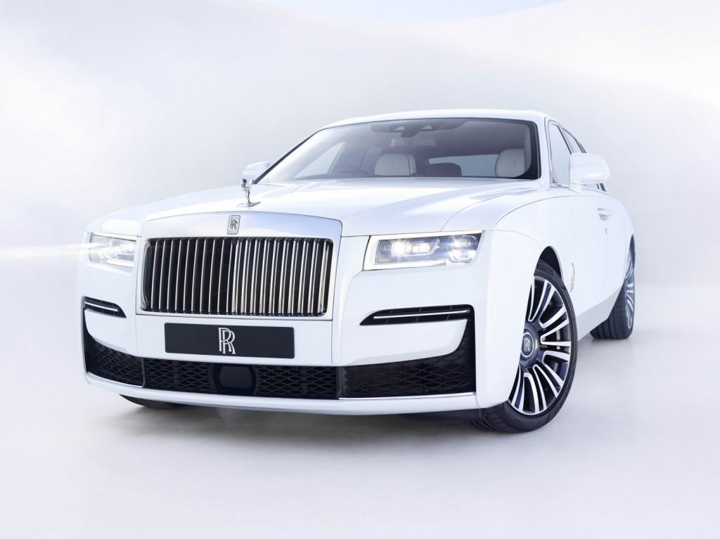 Rolls Royce Ghost - 02