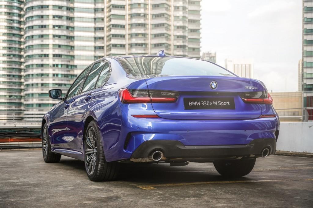 BMW 330e M Sport - 04