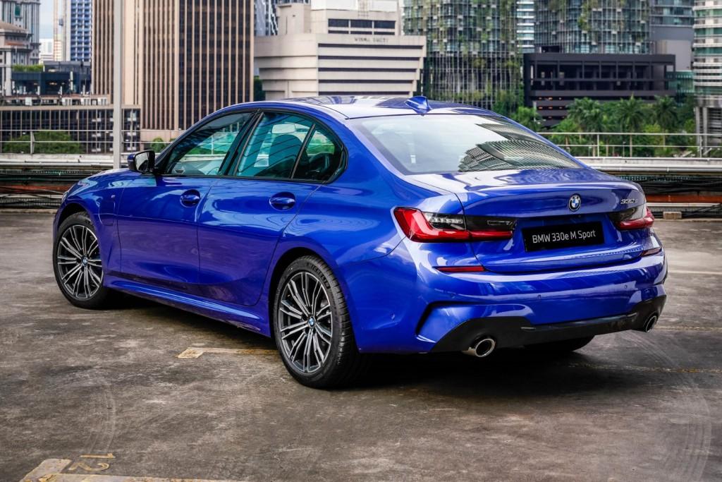 BMW 330e M Sport - 10