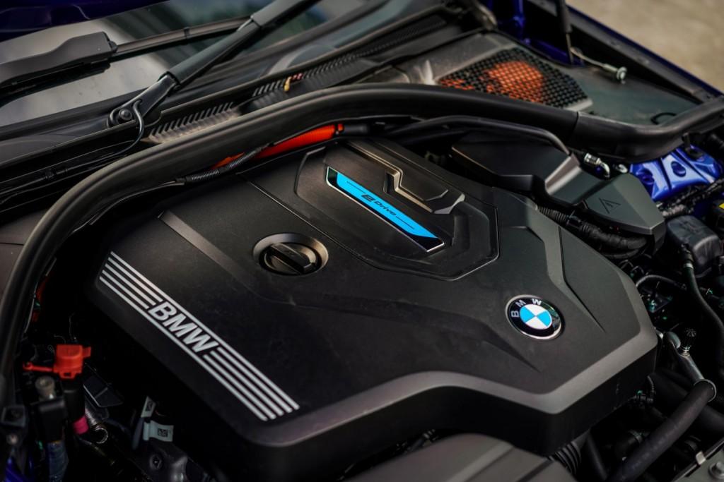 BMW 330e M Sport - 37