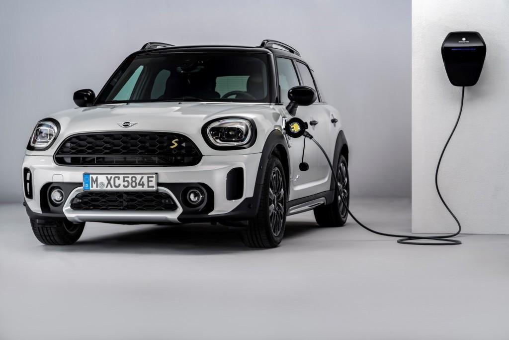 BMW and MINI Charging - 02
