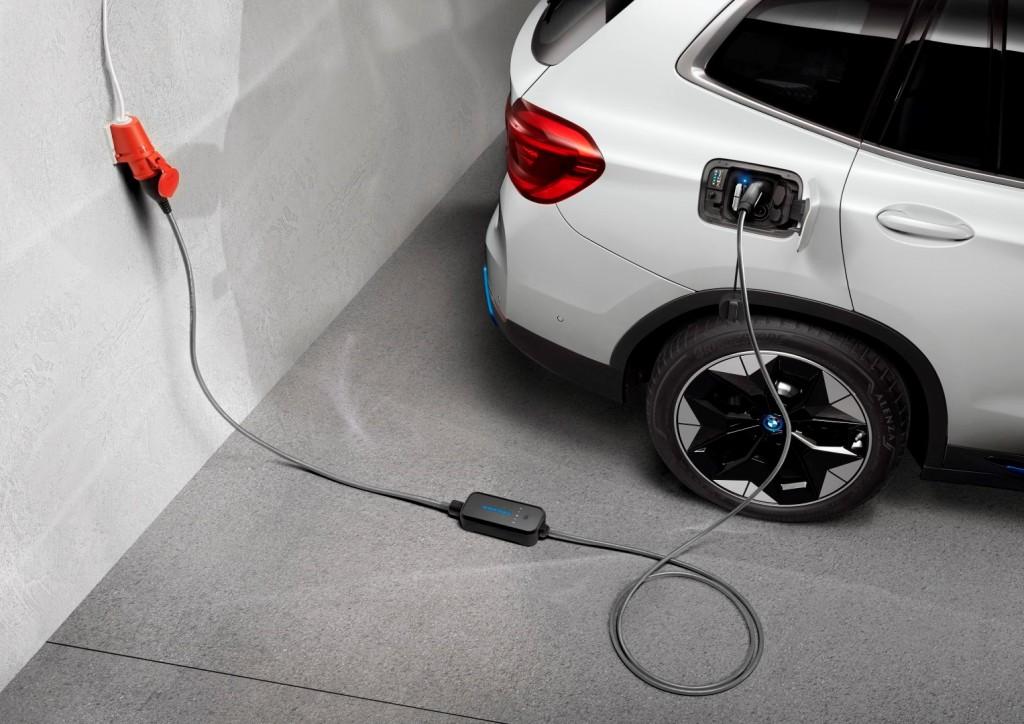 BMW and MINI Charging - 10