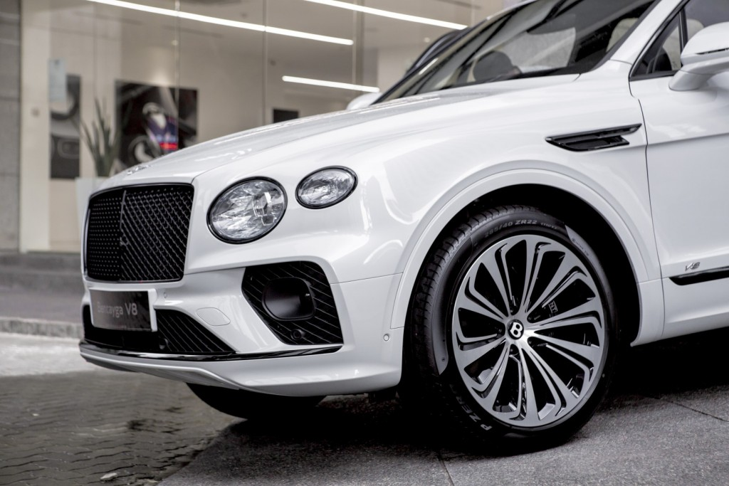 Bentley Bentayga First Edition To Arrive In Q4 Prices Start From Rm935k Carsifu