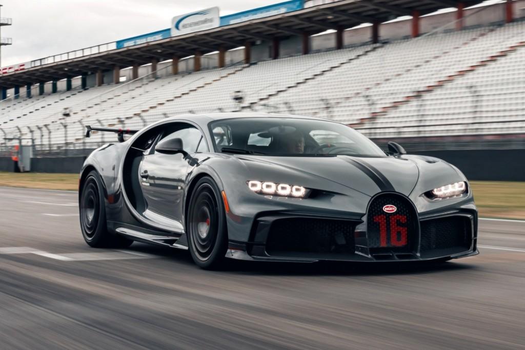 Bugatti Chiron Pur Sport Tests At Hockenheimring Carsifu