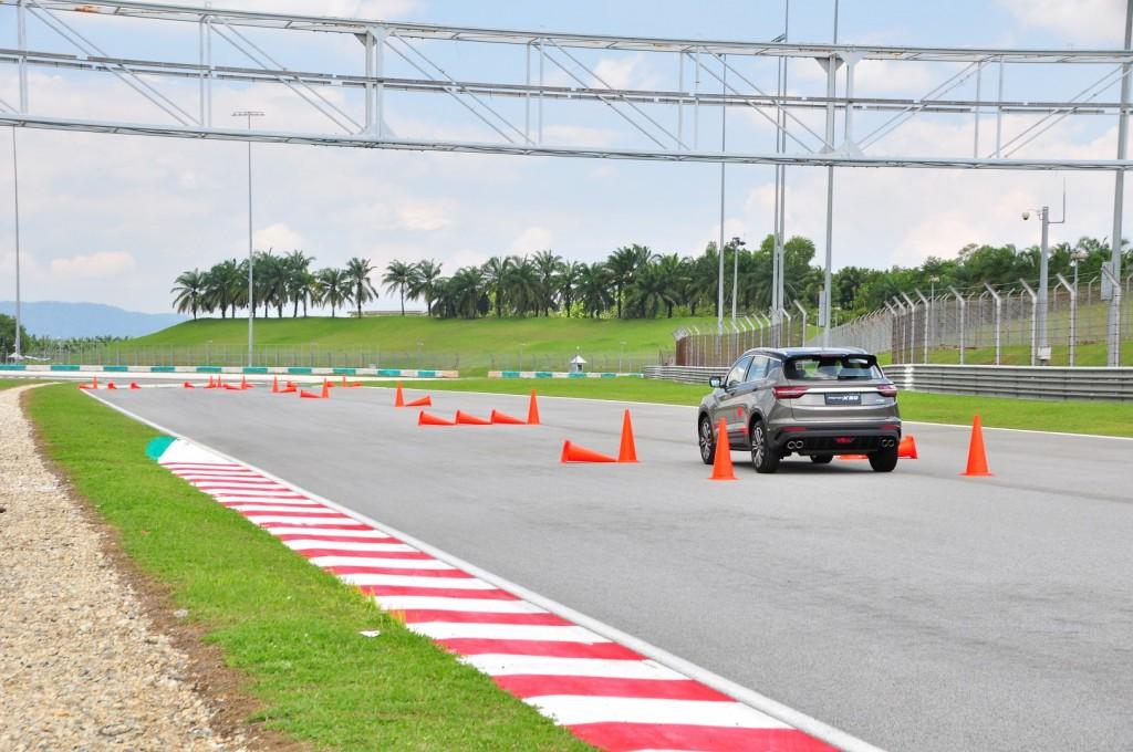 Proton X50 Track Test - 20
