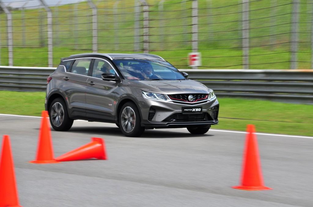 Proton X50 Track Test - 25