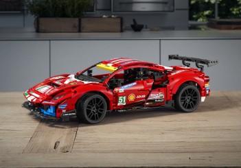 Lego Technic  Ferrari 488 GTE (AF CORSE #51) - 01