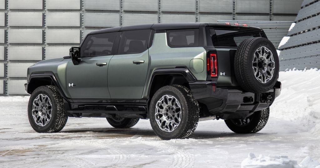 2024-GMC-HUMMER-EV-SUV-005
