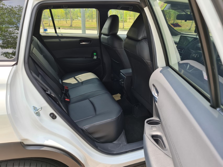 Toyota Corolla Cross G_media drive_March17_2021 (71)