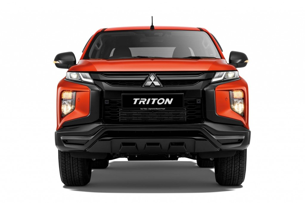 Triton Athlete- Front Visual