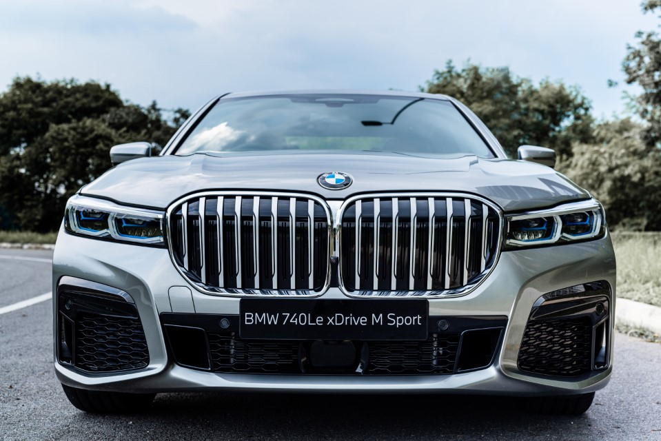 The New BMW 740Le xDrive M Sport (1)