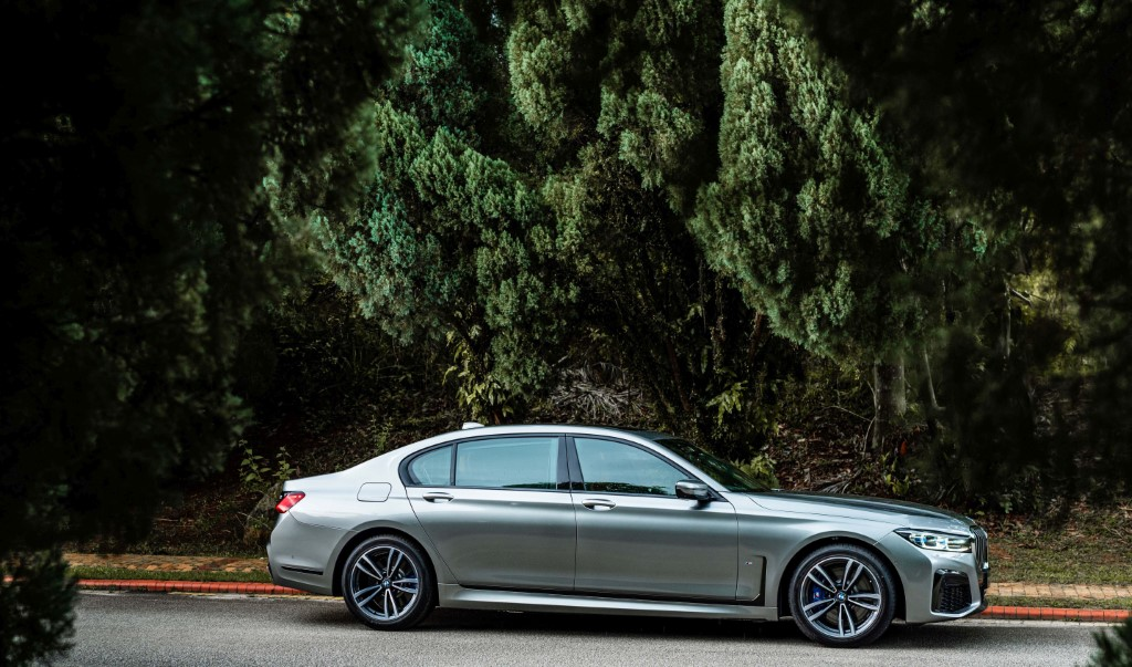 The New BMW 740Le xDrive M Sport (5)