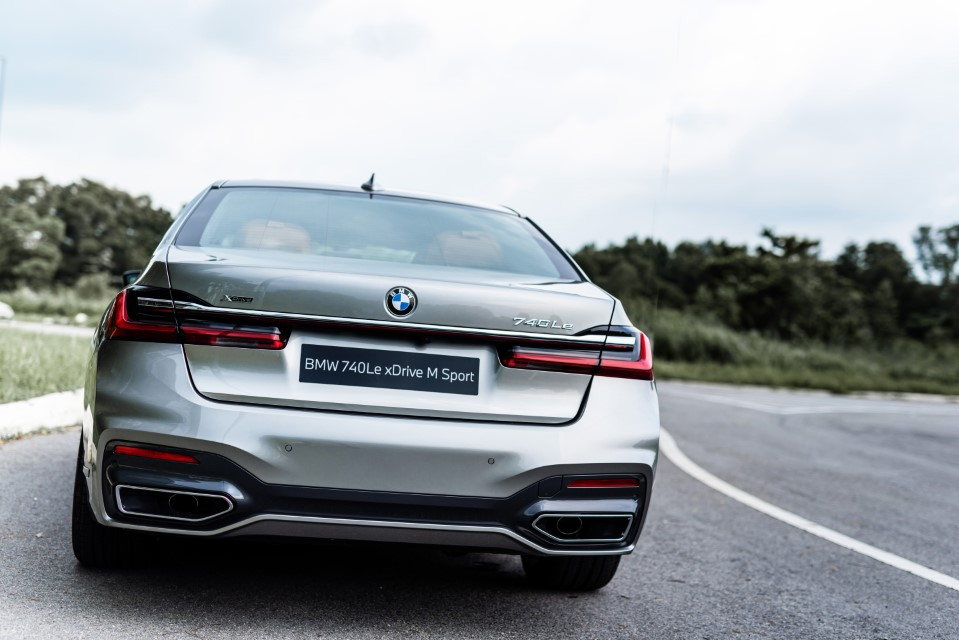 The New BMW 740Le xDrive M Sport (6)