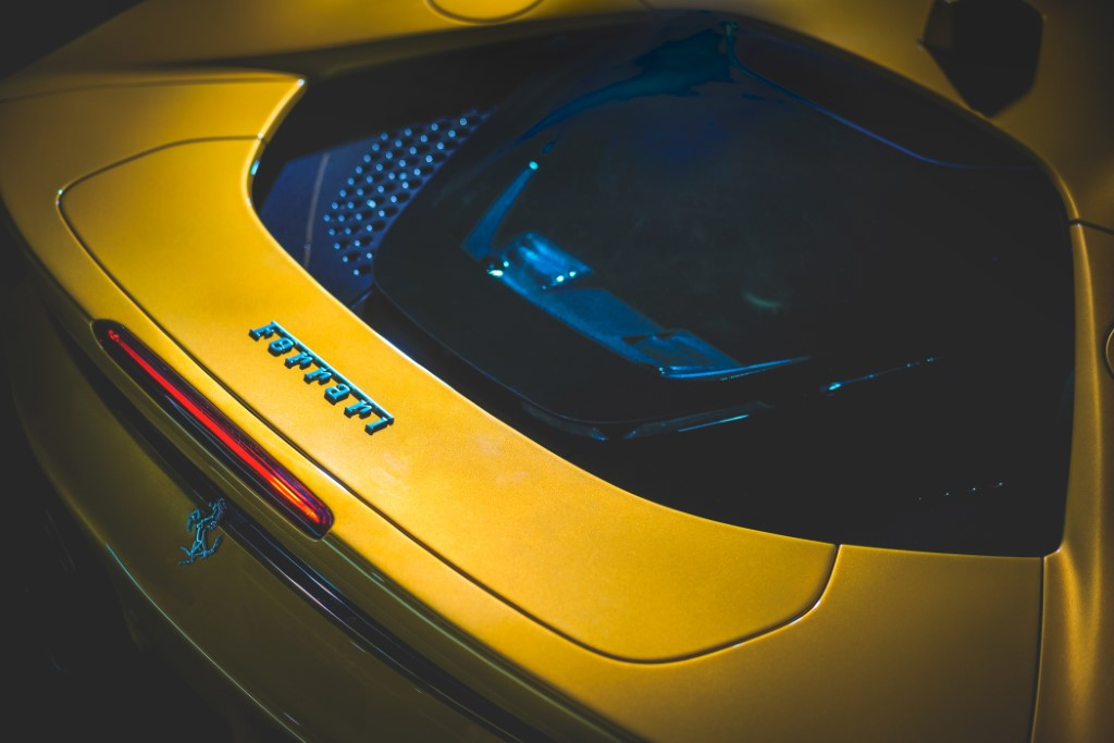 24 Ferrari SF90 Spider