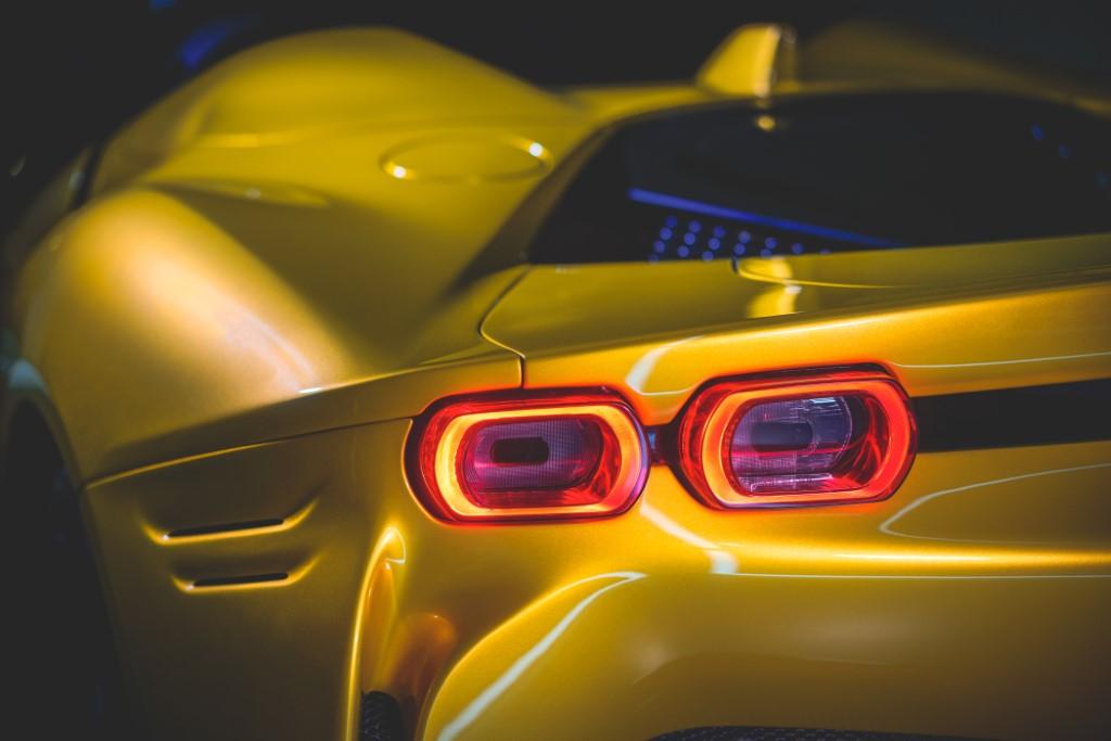 25 Ferrari SF90 pider